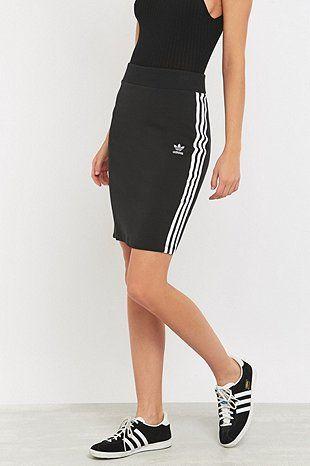 adidas Originals - Jupe à 3 bandes noire - Urban Outfitters