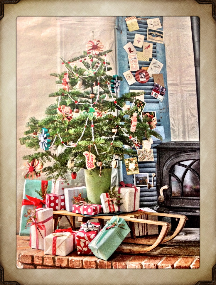 """from the """"Better Homes & Gardens"""" December 2012 issue on pg 41 - photo from Maria Carr's White Christmas Farmhouse"""