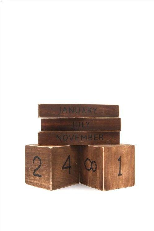 building blocks calendar VINTAGE
