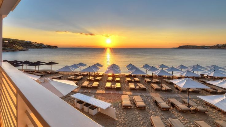Going to a Greek Beach? Book Your Sunbed Online!.