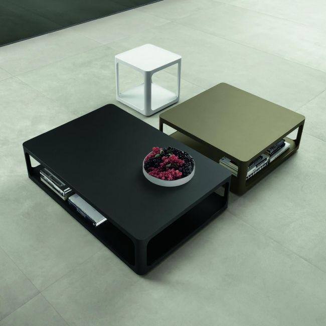 Reeks van design salontafels, met een gemeenschappelijk kenmerk van grote verscheidenheid in het blad. Kleuren variëren van  mat wit acryl afwerking tot een verzameling geschilderd glas in Ecolorsystem k -