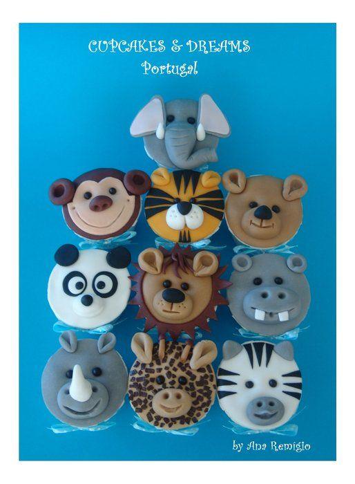 Zoo animal cupcakes by Ana Remigio on cakesdecor.com