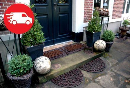 La intrarea in casa - VivreInvita-ti prietenii pe Vivre si castigi pentru fiecare prieten care face o comanda. Link de inscriere : http://www.vivre.ro/user/invite/id/548742