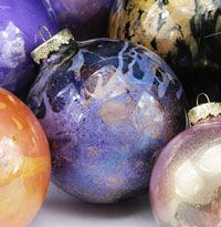 DIY  Paint Clear Glass Ornament Balls with Pearl Ex Instructions