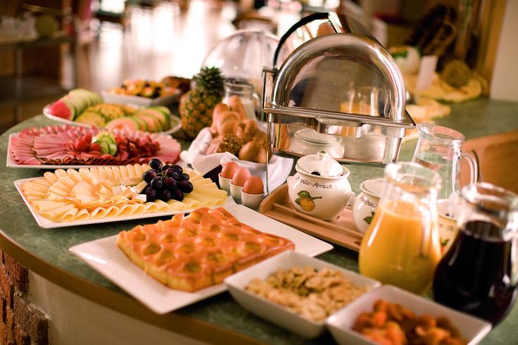 Frühstücksbüffet Regionale Spezialitäten #PuchasPLUS #Stegersbach