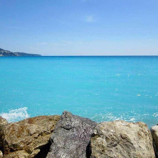 The beautiful turquoise water of Nice, France  I was mesmerized, had never seen water so blue before  #nicefrance #promenadedesanglais #turquoisewater #spring #april #2015 #melbournelifelovetravel #ocean