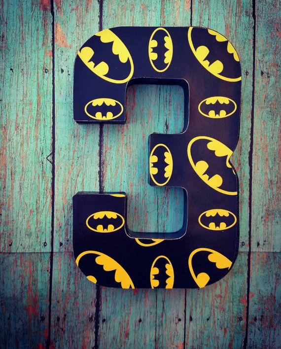 Best 20 batman party centerpieces ideas on pinterest for Number 5 decorations