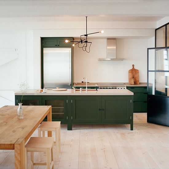Green kitchen colour ideas - 10 of the best | Kitchen | PHOTO GALLERY | Beautiful Kitchens | Housetohome.co.uk