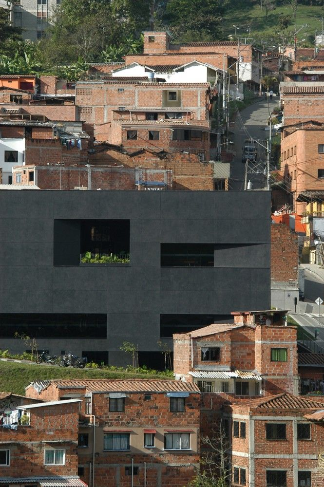 Fernando Botero Park Library / G Ateliers Architecture