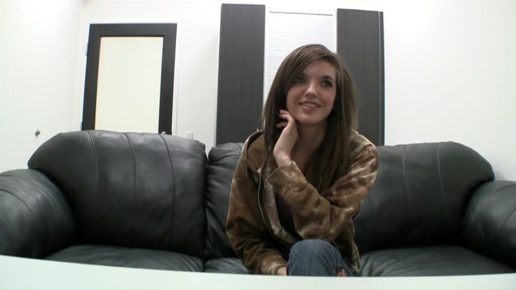 Backroomcastingcouch tria