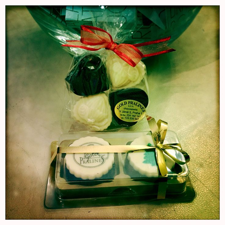 @iconhotelprague: Sweeeeets, thank you Michael & Netnapa!Hope to see you soon again! #lovelyguests #chocolates #sweettreats iconhotel.eu