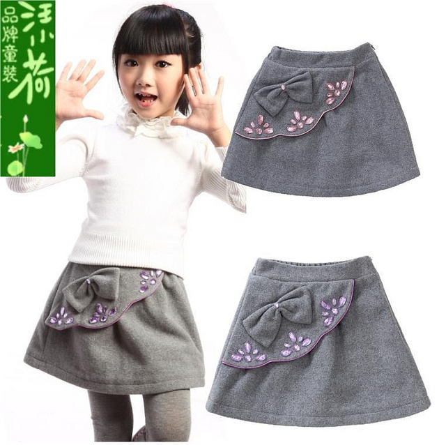 Autumn-and-winter-girls-clothing-child-short-skirt-female-child-bust-skirt-woolen-kid-s-skirt by MehtapGenc, via Flickr