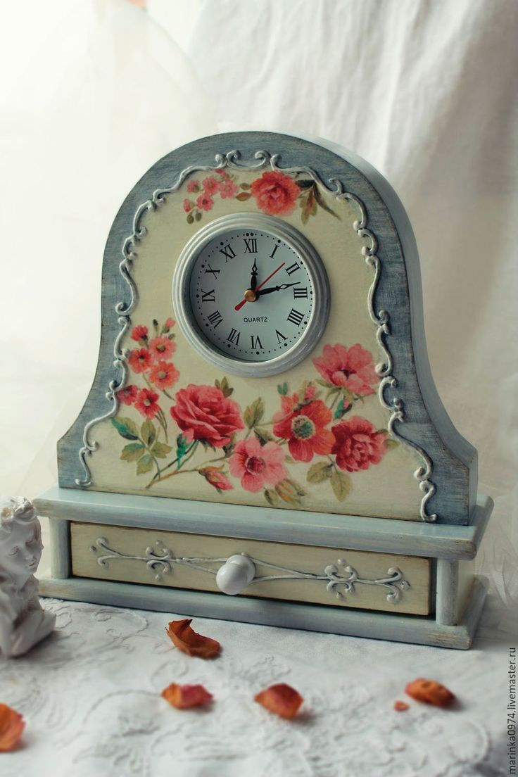 Купить Часы настольные, каминные. - серый, бледно-желтый, нежный, ретро, часы интерьерные
