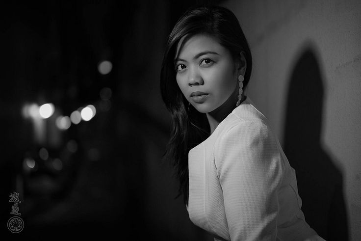 https://flic.kr/p/T3idQ1   Nippon Noir   Under cover of Darkness! The elegant and sultry Zuleika shining brightly in Tokyo