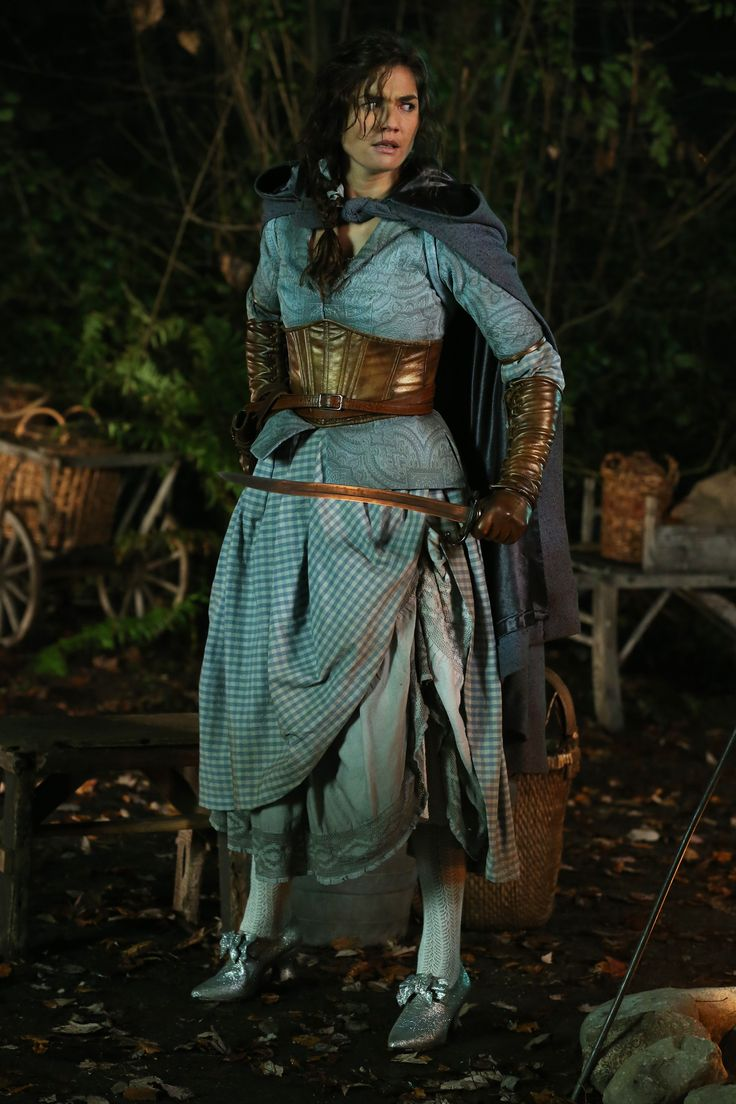My latest Woman Crush--- OAUT'S New Warrior Dorothy Gale: Actress Teri Reeves. Guess, we're not in Kansas anymore, beeeeooocth!