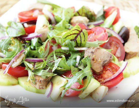 Салат из руколы с печенью трески. Вкусный легкий салат. Нежная печень трески хорошо сочетается с овощами и руколой, а интересная заправка придает блюду пикантность. По желанию можно использовать оливковое масло, получится не менее вкусно. #готовимдома #едимдома #кулинария #домашняяеда #салат #рукола #печень #трески #ароматно #вкусно #овощи #перекус #легкий #готовимлегко #обед #длявсейсемьи