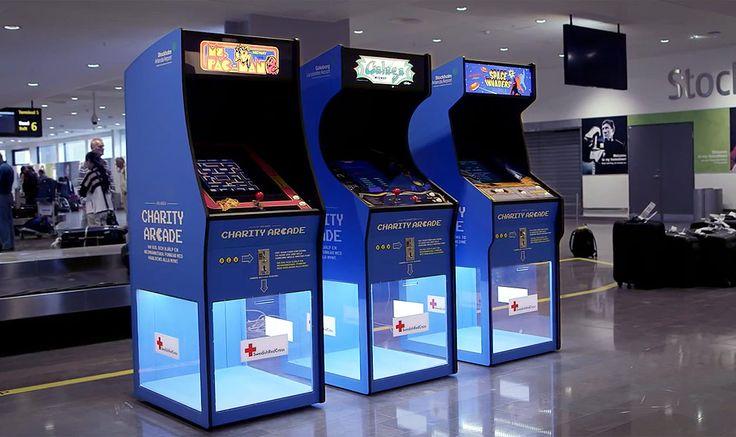 A Cruz Vermelha sueca convocou os personagens dos clássicos jogos de arcade Pac-Man, Galaga e Space Invaders para ajudar a...