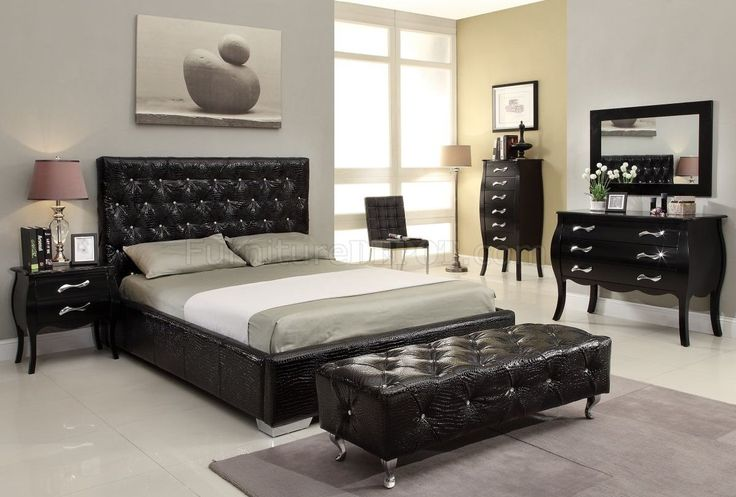 Checkout our latest collection of 20 cool black bedroom furniture sets for bold feeling and get inspired
