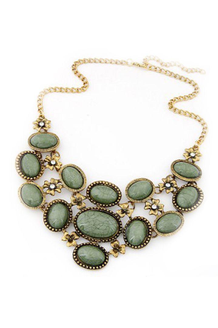 Green oval gemstone κολιέ - 16,00 € Περισσότερα http://www.ilovesales.gr/shop/green-oval-gemstone-kolie/