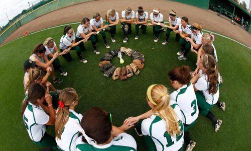 Softball Team Wins Sunshine State Conference Title   Saint Leo University
