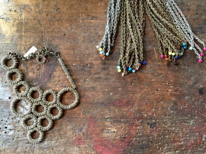 Monica Trevisi jewels. Thanks to Miss Claire >> http://www.missclaire.it/hand-made/monica-trevisi-artigianato-e-design-contemporaneo/