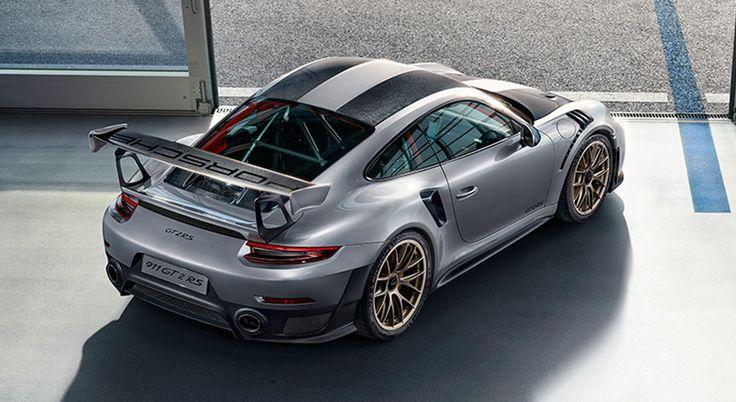Porsche 911 991 GT2 RS Weissach top rear corner view