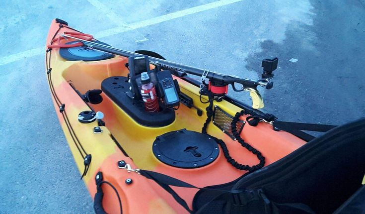 Faute de bateau et désirant s'éloigner du bord, le chasseur sous-marin peut opter pour le kayak de mer. Revue des points à prendre en compte