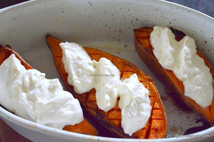 Cartofi dulci la cuptor cu usturoi si smantana | Savori Urbane
