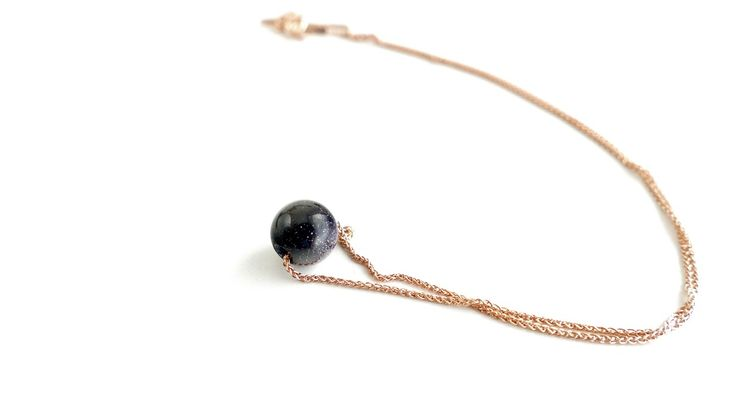 Necklace with a stone of Blue Chrysolite in silver pink gold-plated chain  -Price:17€