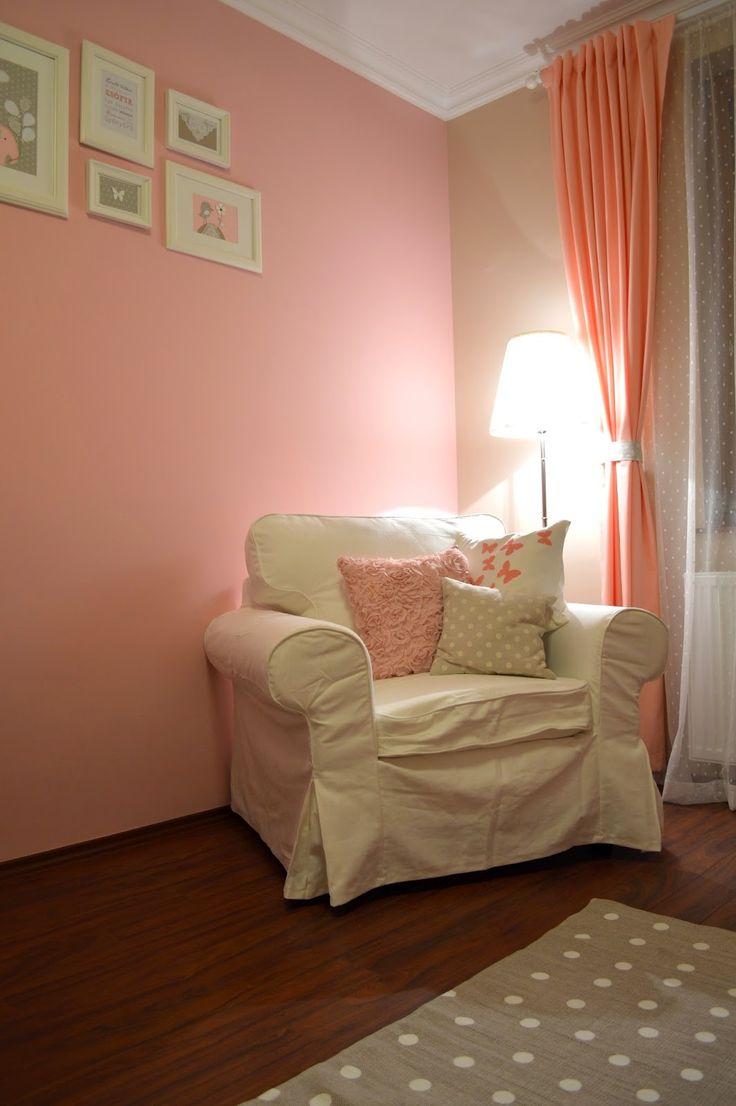 Comfortable corner for parents / Egy kényelmes sarok a szülőknek