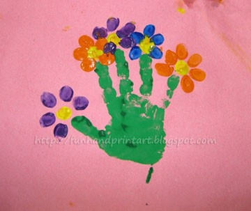 HANDPRINT ART MOTHERS DAY Toddler handprint bouquet