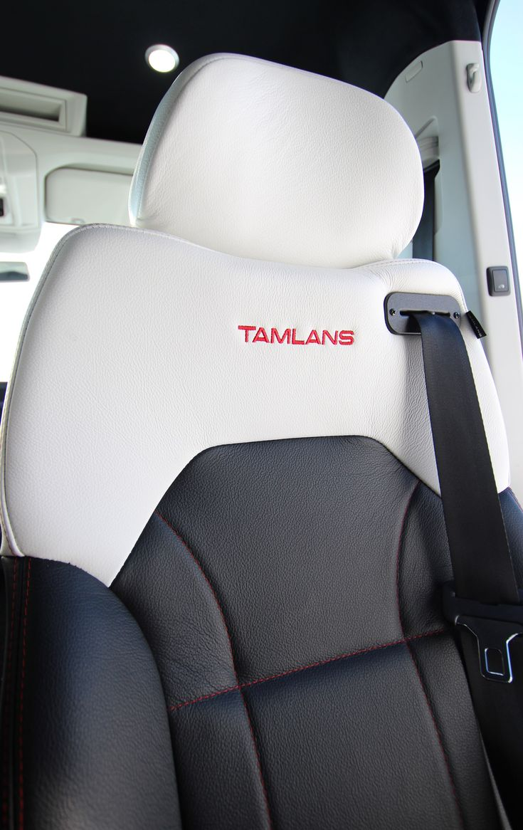 Volkswagen Crafter Tamlans Disabled Taxi