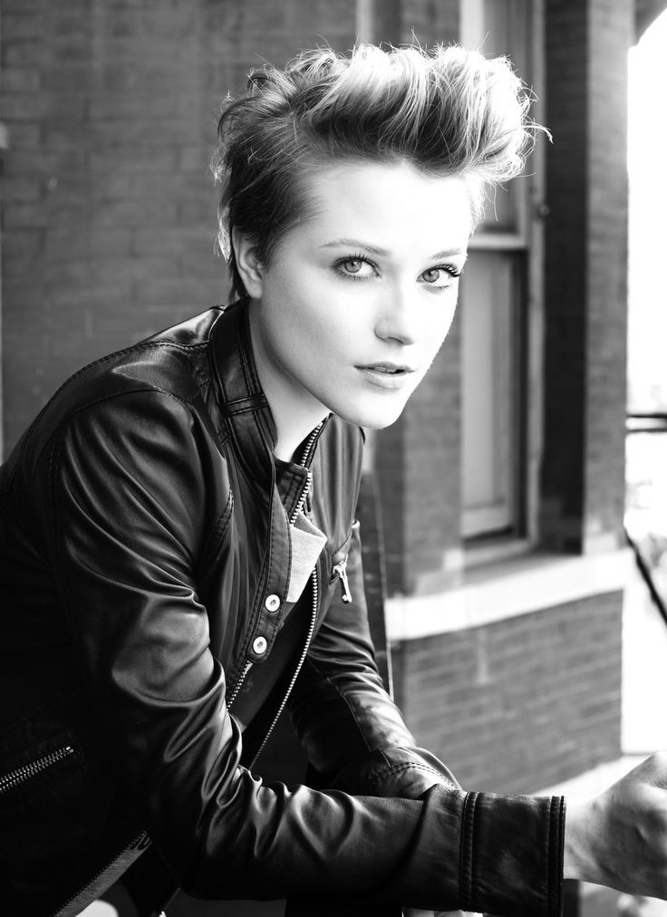 Evan Rachel Wood                                                                                                                                                                                 More
