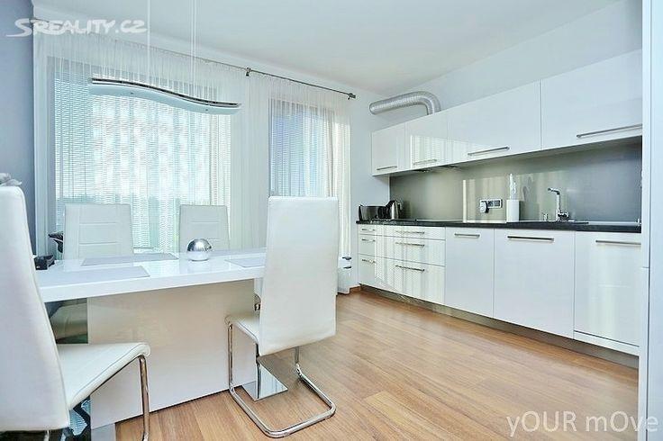 Prodej bytu 3+kk 79m², Dragounská, Praha 10 - Štěrboholy • Sreality.cz