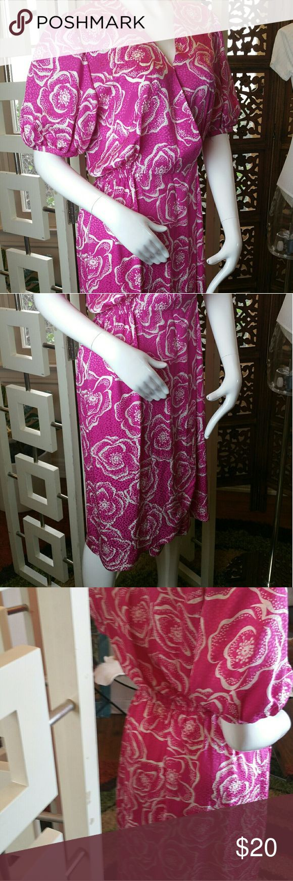 Vintage NEIMAN MARCUS 100% SILK DRESS! Pretty in (HOT) Pink, Flower Power, Wrap, Silk GORGEOUSNESS!!! Neiman Marcus Dresses Midi