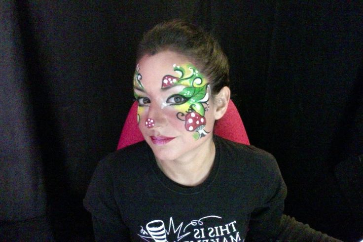 En este vídeo os muestro como realizar un maquillaje de duende muy divertido y original de manera práctica y sencilla. Espero que os guste y que os sirva de ...