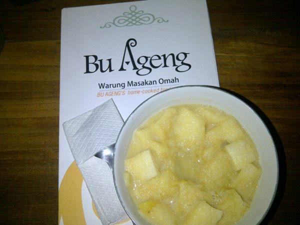 """[KULINER] """"@bindaa: Bubur duren Rumah Makan @BuAgeng ini recommend bgt,anget2 gimana gt"""