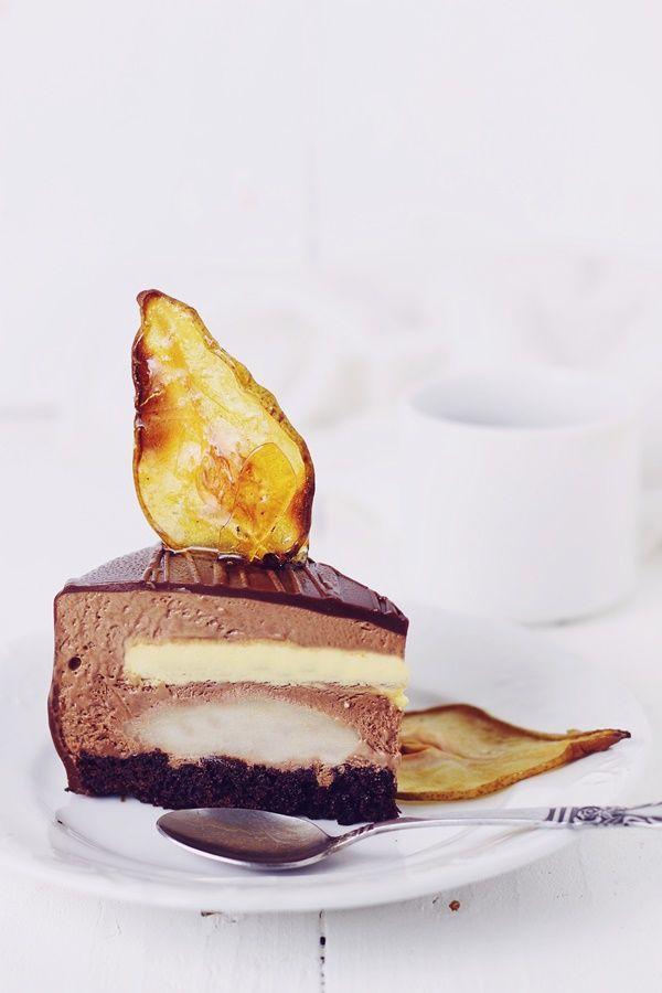 Pasiune pentru bucatarie: Tort cu mousse de ciocolata, pere si creme brulee/ Chocolate mousse, pear and creme brulee entremet