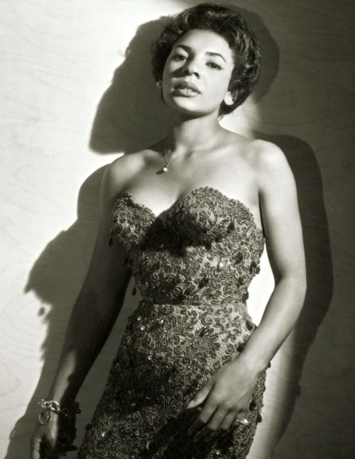 shirley bassey | Shirley Bassey – Free listening, concerts, stats, & pictures at Last ...