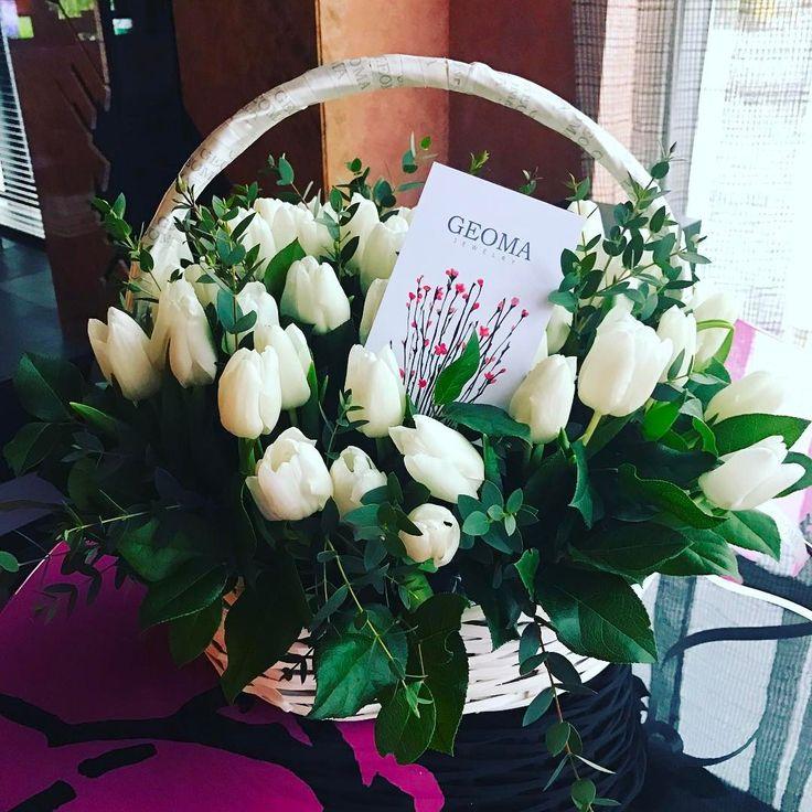 #звезды #глюкоза  Даже такой пасмурный день можно сделать прекрасным!! Просто поставить на столе красивый букет!!! Спасибо, @geomajewelry, за такое внимание и весну)))))🌷🌷🌷🌷🌷🌷   chistyakova_ionova