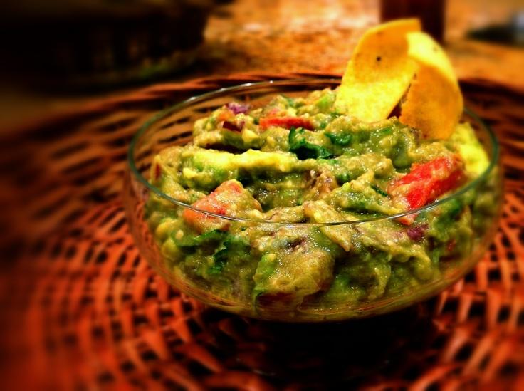 Healthy Sriracha Guacamole | Vegetables | Pinterest