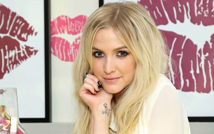 1920x1200 widescreen wallpaper ashlee simpson