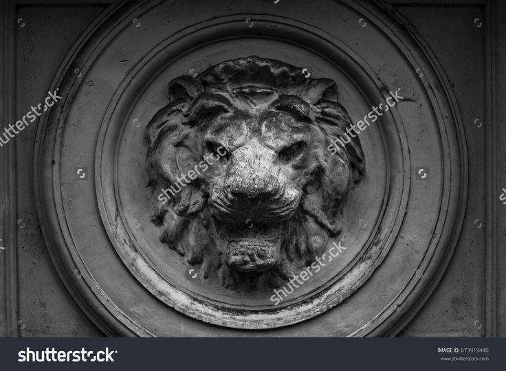Decorative element, Lion head marble.