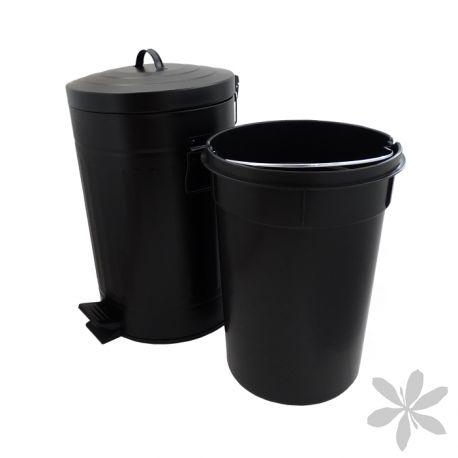 """""""RETRO"""" #Cubo de #basura diseño #retro, se convertirá en la pieza central de decoración de tu cocina u oficina. Fabricado en acero galvanizado, color negro, con tapa de apertura mediante pedal. Cubo interior de 12 litros elaborado en PVC, color negro y con asa extraíble para facilitar su limpieza. 32,70 €"""