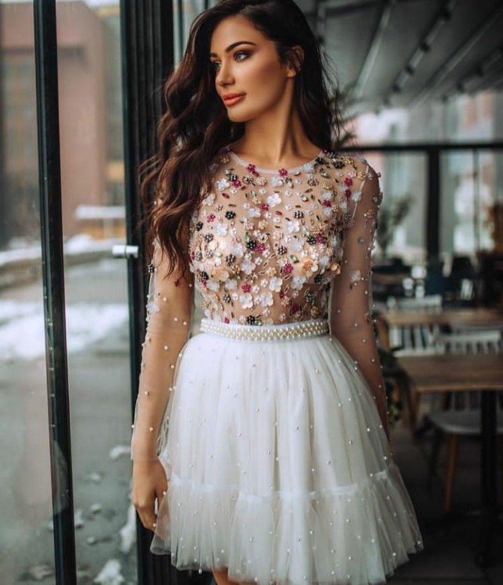 Pin do(a) Gio Emanuelly em vestido curto✔ de 2019 | Vestidos, Vestidos de formatura e Ideias de vestido