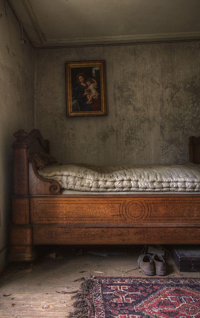 Oltre 25 fantastiche idee su letti antichi su pinterest - Camere da letto stile country ...