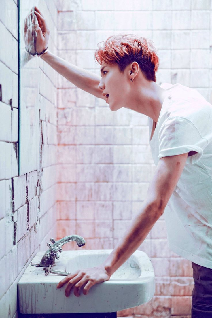 鹿晗 Luhan mini album <I> publicity photo cr. Deer-鹿三疯
