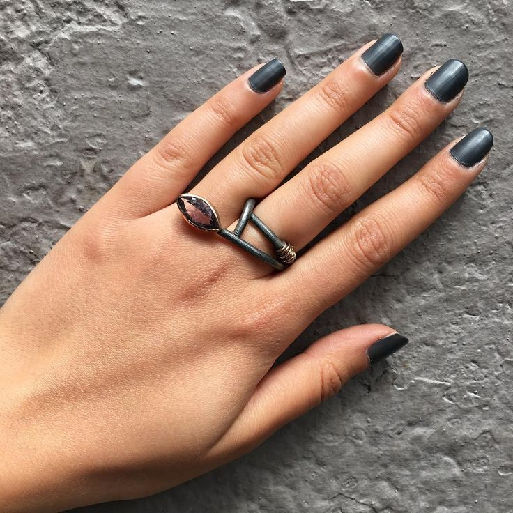 #handmade #silver #good #design #woman #design #special #kadın #doğaltaş #özel #style #tarz #elyapımı #followme #instalike #follow #like #instagood #gift #yüzükler #özeltasarim #elişi #yüzük #amethyst #istanbul #ring #kadıköy #ametist #1925silver #rings # http://turkrazzi.com/ipost/1517492902161335278/?code=BUPN8EmgMPu