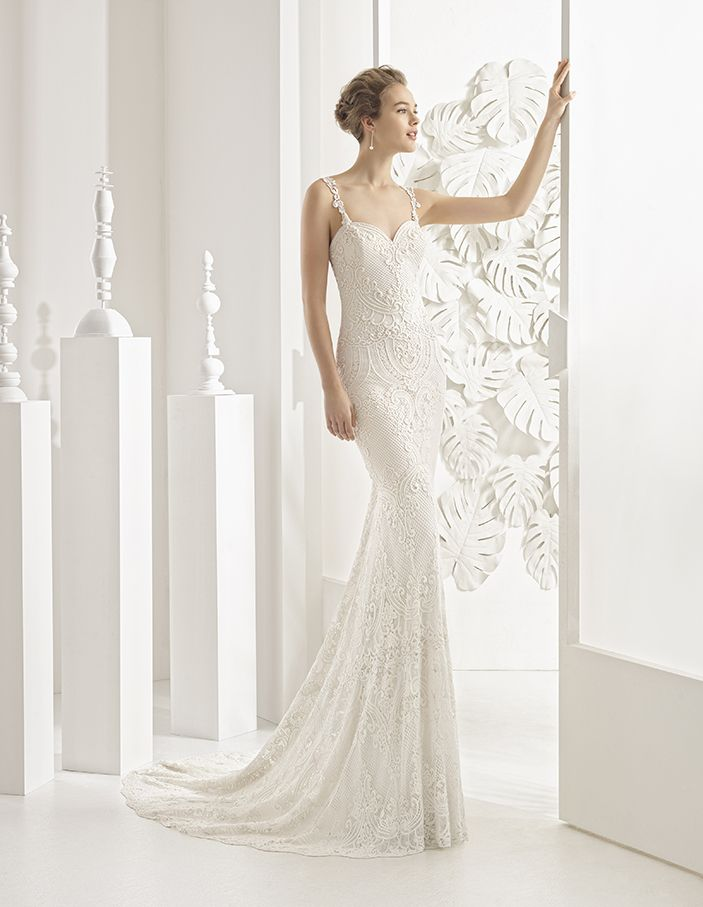 Nancy - Guipure lace column dress with sweetheart neckline, straps and low back, in ivory.