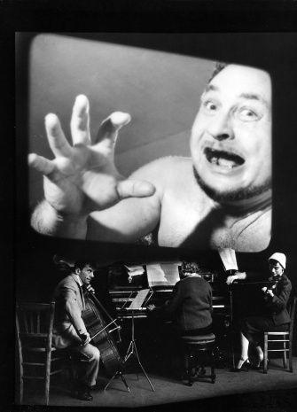 #Robert Doisneau Photography Cinéma muet, 1957  ¤ Robert Doisneau   22 octobre 2015   Atelier Robert Doisneau   Site officiel